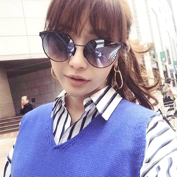 FAKE ME 太陽眼鏡 B45S0REGARDLESSOFH BLU (藍) 簍空造型微貓眼款 # 金橘眼鏡