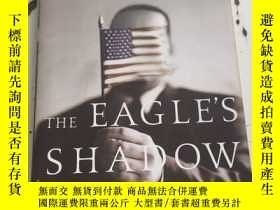 二手書博民逛書店The罕見Eagle s ShadowY25376 PICADOR PICADOR