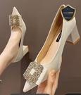 粗跟鞋 尖頭高跟鞋女2021年新款夏季粗跟仙女鞋子溫柔婚鞋春款配裙子單鞋