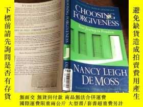 二手書博民逛書店Choosing罕見Forgiveness - NEW - 97
