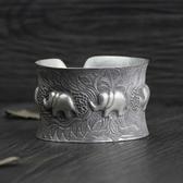 純銀手環(泰銀)-浮雕大象生日情人節禮物女手鐲73gg150【時尚巴黎】