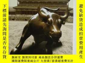 二手書博民逛書店CHINA罕見AND THE CREDIT CRISIS 631
