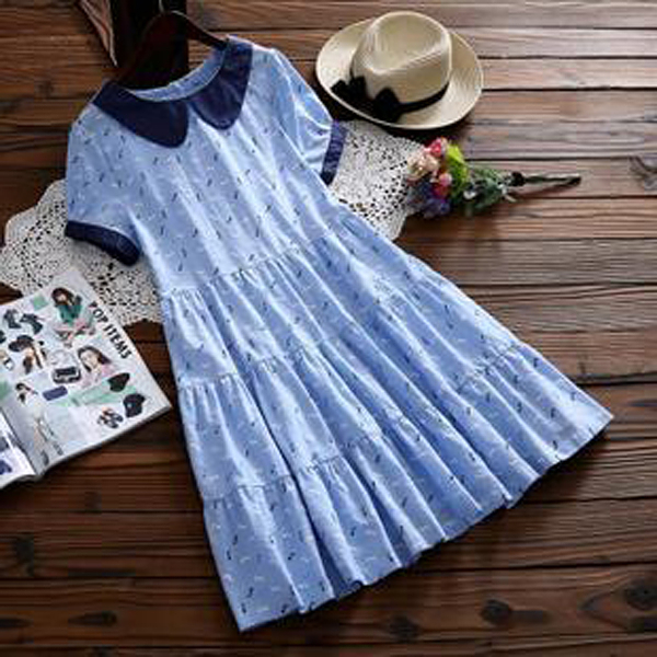 M洋裝  深藍翻領印花層次-月兒的綺麗莊園