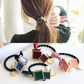 韓國緞帶蝴蝶結方塊珍珠髮圈(1入)【小三美日】顏色隨機
