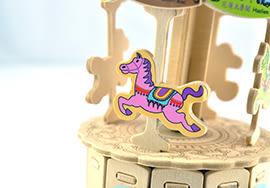 【收藏天地】童玩世界*旋轉木馬音樂盒DIY體驗包 / 文創 送禮 玩具 組裝