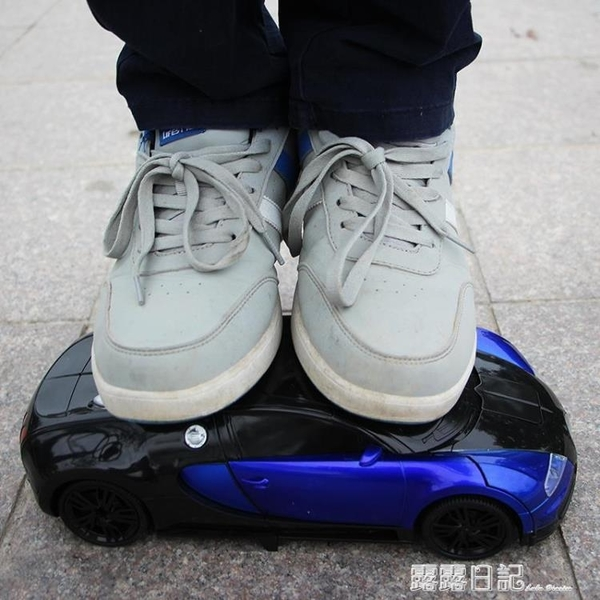 手勢感應遙控變形汽車金剛機器人遙控車充電動男孩賽車兒童玩具車 露露日記
