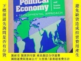 二手書博民逛書店Comparative罕見Political Economy:A