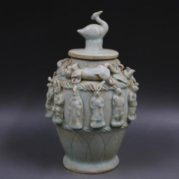宋湖田窯浮雕刻十二生肖蓋罐手工仿古家居裝飾瓷器擺件古董古玩1入
