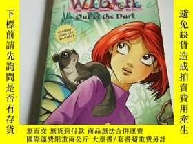 二手書博民逛書店witch罕見out of the dark (英文, 不好)Y