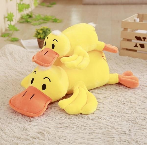【60公分】仿真大黃鴨玩偶 可愛鴨子娃娃抱枕玩偶 聖誕節交換禮物 餐廳布置 生日禮物