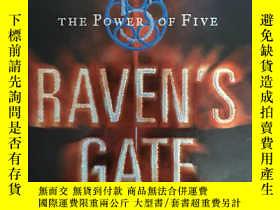 二手書博民逛書店Raven s罕見Gate (The Power of Five