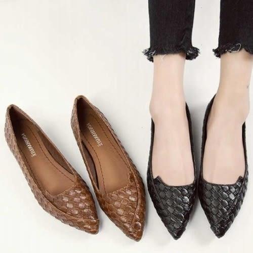 【現貨快速出貨】包鞋.簡約尖頭編織紋平底包鞋.白鳥麗子