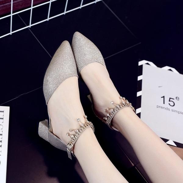 現貨- 低跟鞋春夏一字扣水鑽學生銀色低跟4cm伴娘鞋高跟鞋單鞋涼鞋女12/21新年禮物春季新品