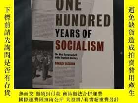二手書博民逛書店One罕見Hundred Years of Socialism: