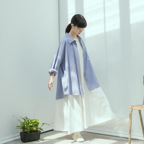 Queen Shop【01024252】素面質感單口袋長版襯衫 三色售*現+預*