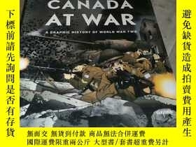 二手書博民逛書店Canada罕見at War: A Graphic History of World War TwoY1564