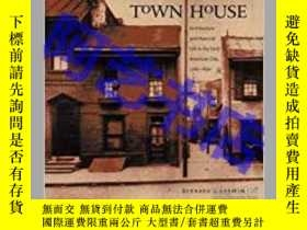二手書博民逛書店Town罕見House: Architecture And Ma
