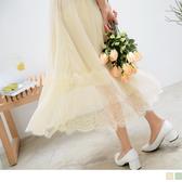 《CA1639 》鬆緊腰頭下襬羽毛蕾絲拼接純色百褶紗裙OB