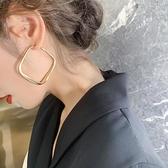 耳環2021年新款潮歐美風夸張耳飾女秋冬季復古港風耳圈高級感網紅 伊蘿