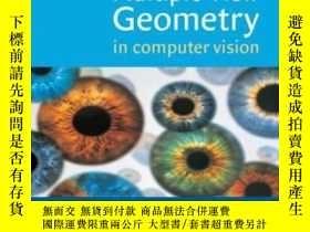 二手書博民逛書店Multiple罕見View Geometry In Computer VisionY256260 Richa