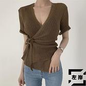性感短袖顯瘦V領側邊交叉綁帶收腰一片式針織衫上衣女【左岸男裝】
