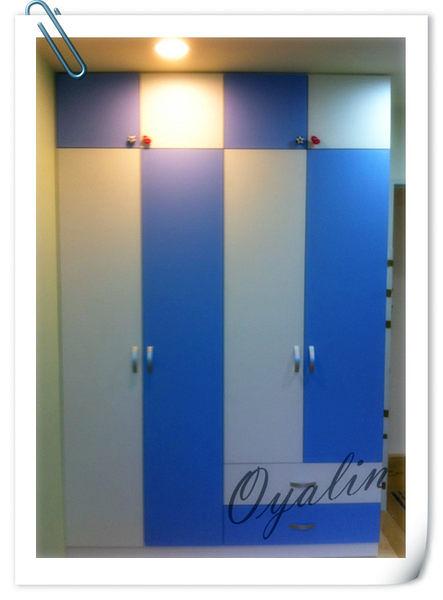 【歐雅系統家具 】繽紛跳色藍白收納衣櫥櫃