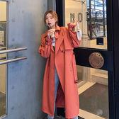 大衣 韓系 輕熟女紅質感風衣外套大衣 艾爾莎 【TAK7895】