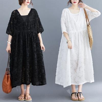胖妹妹洋裝連身裙~8991#新款韓版小雛菊剪花兩件套胖MM大碼連身裙FFA28衣時尚