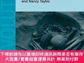 二手書博民逛書店Bioarchaeology罕見Of Southeast Asia (cambridge Studies In B