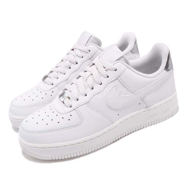 new styles 7e2a8 f6707 Nike 休閒鞋Wmns Air Force 1 07 ESS 白銀皮革基本款運動鞋女鞋 PUMP306  AO2132-003