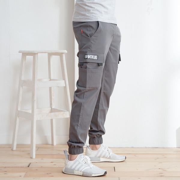 潮流造型多口袋鬆緊帶縮口褲工作褲