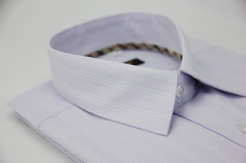 【金‧安德森】經典格紋繞領淺紫底白色條紋長袖襯衫
