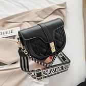 小包包女2021秋冬新款潮時尚鍊條馬鞍包百搭手提包小ck側背斜背包 伊蘿