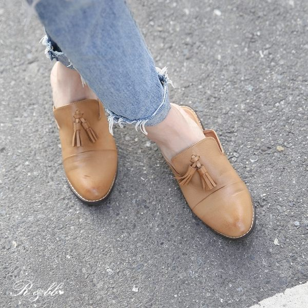真皮涼鞋-R&BB羊皮*流蘇擦色復古低跟穆勒鞋 後空懶人包鞋-棕色
