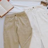 洋芋妹-1960高腰造型側邊口袋直筒牛仔長褲 2色【SB12603】