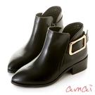 amai俐落金屬方釦尖頭短靴 黑...