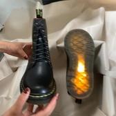 中筒靴 王二今新款馬丁靴女英倫風1460中筒高幫學生系帶真皮短靴百搭  維多 DF