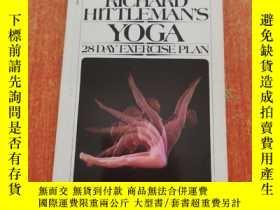 二手書博民逛書店Richard罕見Hittlemans Yoga: 28 Day Exercise Plan(英語原版 平裝本)理
