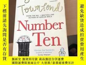 二手書博民逛書店Number罕見TenY304424 Sue Townsend