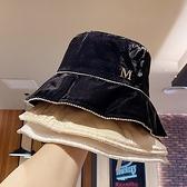 漁夫帽-絲光綢緞水鑽防曬女盆帽4色73xu24【時尚巴黎】