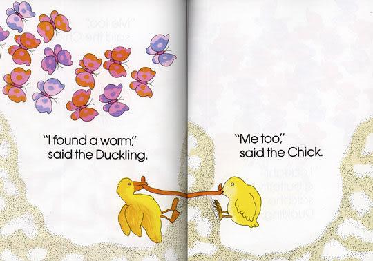 【麥克書店】THE CHICK AND THE DUCKLING / 英文繪本+CD 《主題: 幽默.自我認同》
