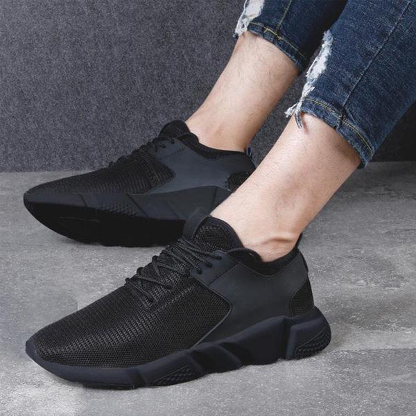[現貨]舒適暢跑防臭休閒鞋男女款情侶鞋防滑超透氣網面布運動鞋黑色黑底黑色白底【QZZZ72000】