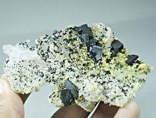 礦物晶體礦石標本、葡萄石