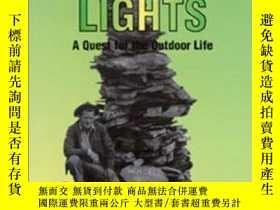 二手書博民逛書店Beyond罕見the Northern Lights: A Quest for the Outdoor Life