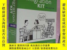 二手書博民逛書店The罕見immigration kit (8th editio