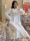 睡衣 特價清倉珊瑚絨秋冬季睡衣女年新款加厚法蘭絨睡裙家居服白色 星河光年