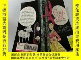 二手書博民逛書店Goth罕見Girl and the Pirate Queen:哥特女孩和海盜女王Y200392