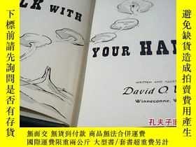 二手書博民逛書店Talk罕見with your hands 英文原版 精裝 用你