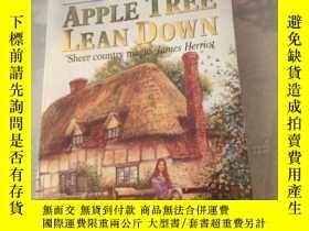 二手書博民逛書店Apple罕見Tree Lean Down: Book One