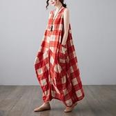 中大尺碼 無袖洋裝 2021年夏季新款復古民族風加肥加大碼女裝格子寬鬆無袖背心連身裙